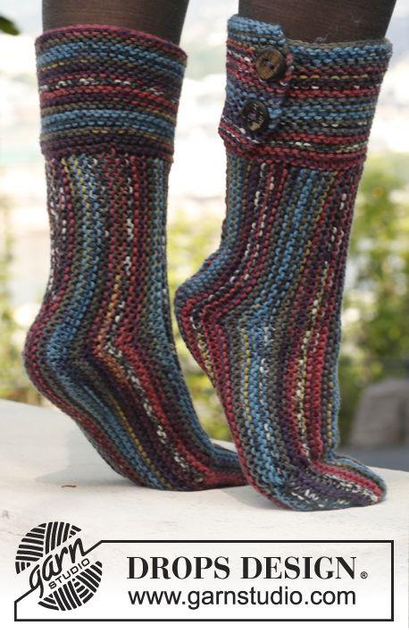 """Gebreide DROPS sokken van """"Big Fabel"""". Maat 35 tot en met 42 ~ DROPS Design"""