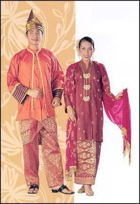 baba nyonya tradisional clothes Is because baba-nyonya culture was developed by chinese and malay culture, so the baba-nyonya traditional cloth baba-nyonya traditional clothes normally.
