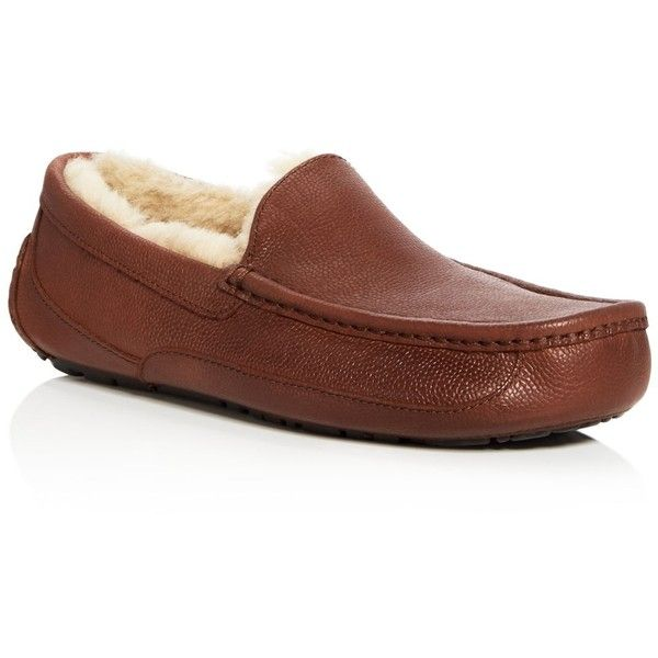 Ugg Ascot Slippers ($150) ❤ liked on Polyvore featuring men's fashion, men's shoes, men's slippers, cognac, mens leather slippers, cognac men's shoes, ugg mens shoes, mens leather shoes and ugg mens slippers