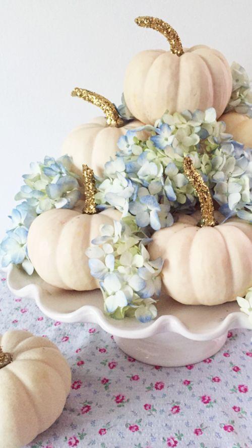 Glitter Pumpkins with Hydrangeas | LinenTablecloth Blog