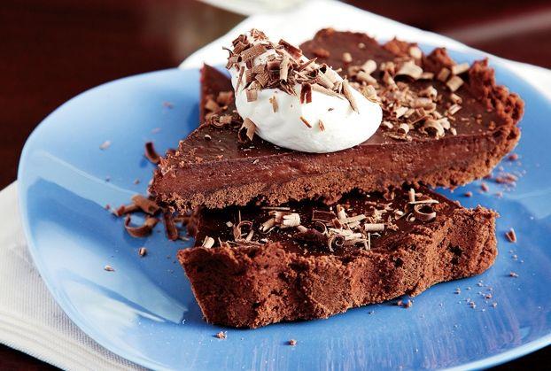 Τραγανό σοκολατένιο μπισκότο με γέμιση από ψημένη κρέμα σοκολάτας. Σκέτος πειρασμός!