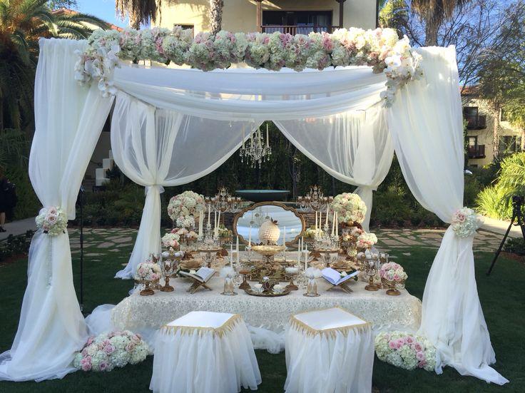 Sofreh aghd. Persian weddings.