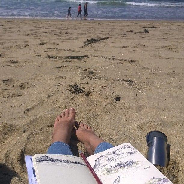 beach sketching by mila_hofman