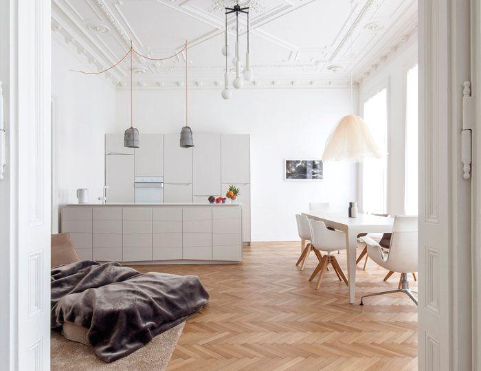 Richiesta di arredo e progettazione di una cucina chiara moderna e lineare con zona relax. Proposta la seguente ed approvata