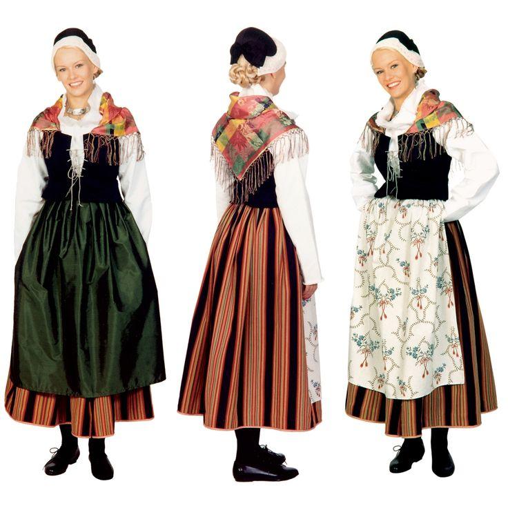 Keski-Suomen eli Jyväskylän kansallispuku. Jyväskylä's, also known as Keski-Suomi's (Central Finland's) folk costume.