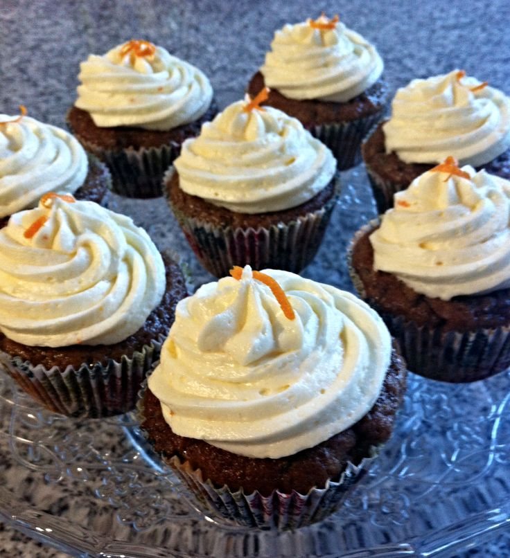 Cupcakes de Zapallito Italiano con Frosting de Queso Crema y Mandarinas
