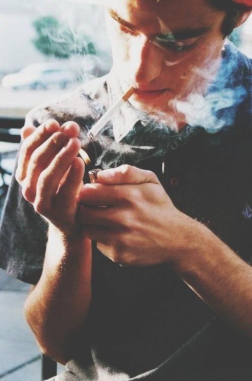Картинки парень с сигаретой без лица