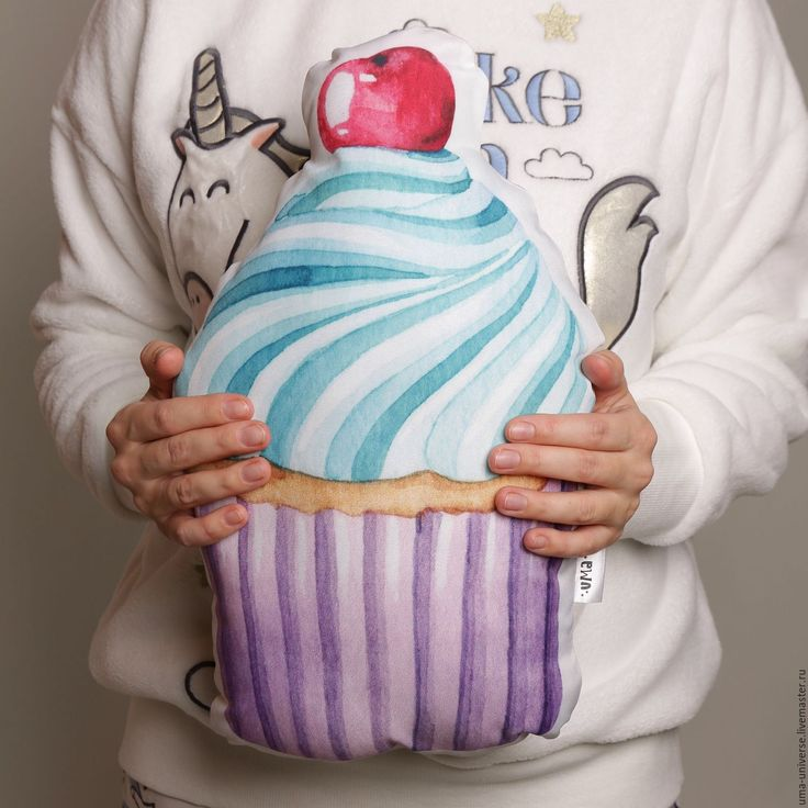Cupcake cushion | Купить Подушка Капкейк - розовый, капкейк, пироженное, подушка, подушка декоративная, детская, интерьер