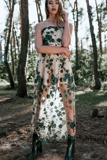 Długa sukienka D100 koronkowa. Zielona.
