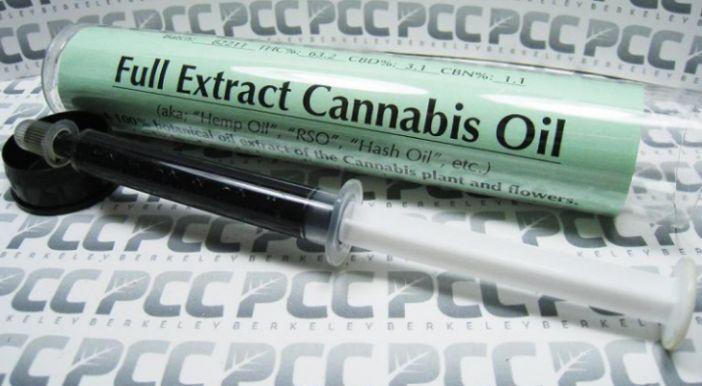 """Kannabisz gyógyít meg rákos csecsemőt- aki orvosok szerint:""""Csodababa""""  Olvass többet itt: http://naturahirek.com/kannabisz-gyogyit-meg-rakos-csecsemot-aki-orvosok-szerintcsodababa/ kannabisz"""