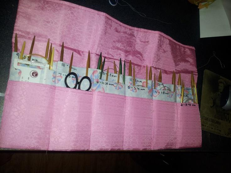 circular knitting needle case