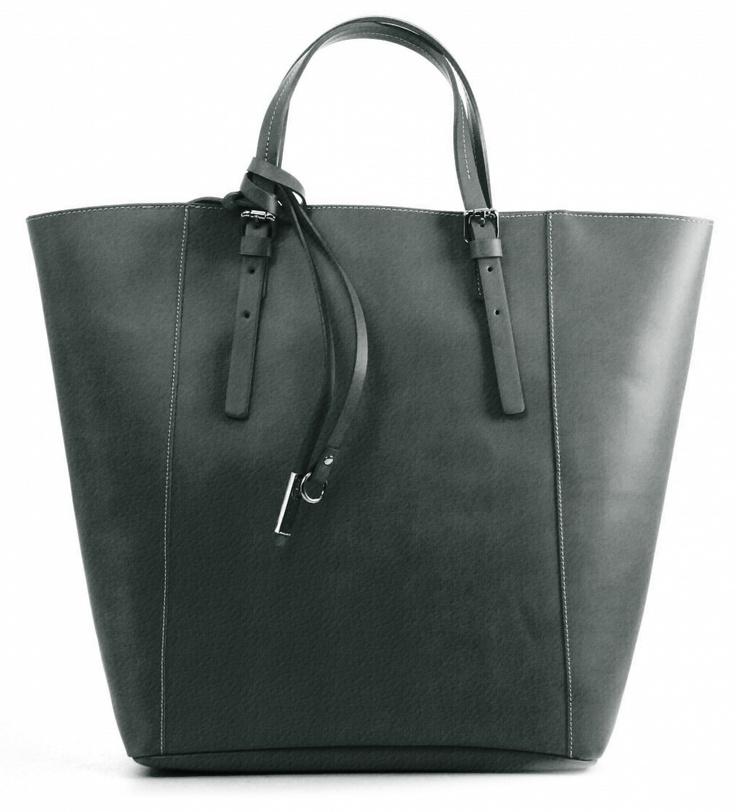 And 14. Lederen damestas . De hengsels van deze tas  hebben gespen en kunnen korter of langer gemaakt worden.