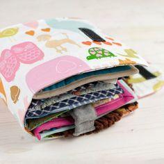 Tutoriel DIY: Coudre un livre interactif pour bébé sur DaWanda.com <3