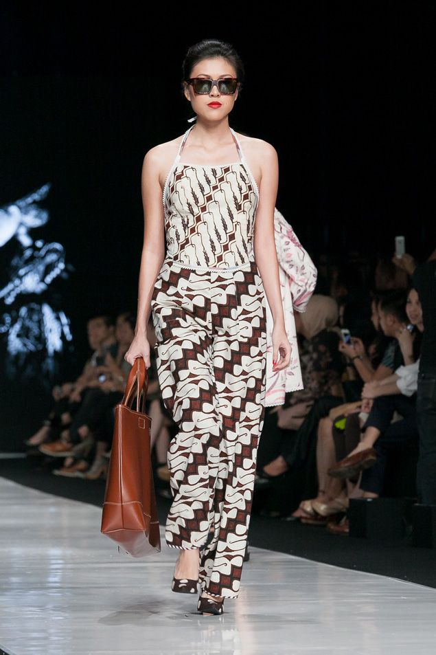 Jakarta Fashion Week 2014 – Edward Hutabarat – The Actual Style
