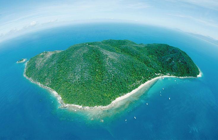 Green Island, near Cairns http://www.bloggerme.com.au/states/mareeba
