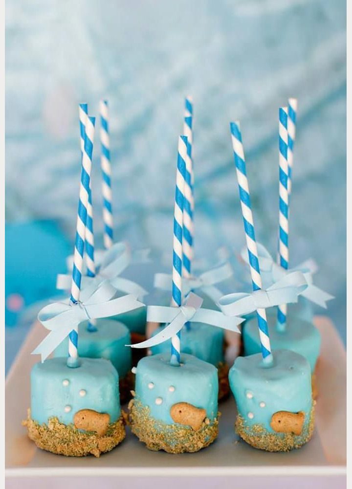 beach wedding chocolate dipped marshmallows - perfect treat for the kids at your beach wedding! ~  we ❤ this! moncheribridals.com