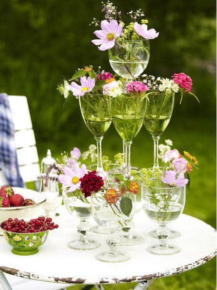 21 table decoration ideas for a summer garden party and easy DIYs & Best 8 Verres à vin: mode du0027emploi images on Pinterest | Wine glass ...