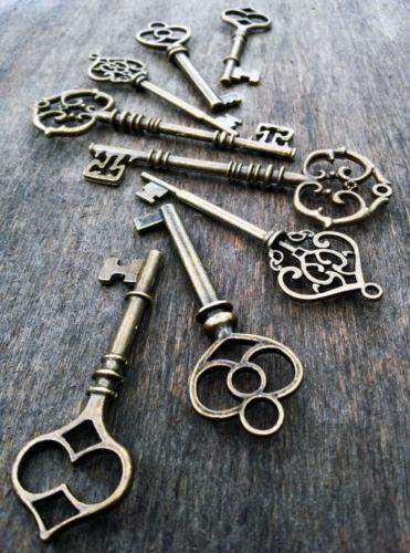 Skeleton-Keys-Assorted-Large-Antiqued-Bronze-100-Pcs-Wedding-Steampunk-Bulk-lot