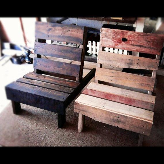 Reutilizados sillas al aire libre