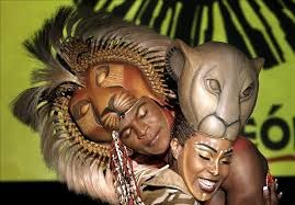 Risultati immagini per mascaras rey leon musical madrid