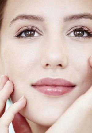 10 Poderosas razones de belleza para amar la vaselina