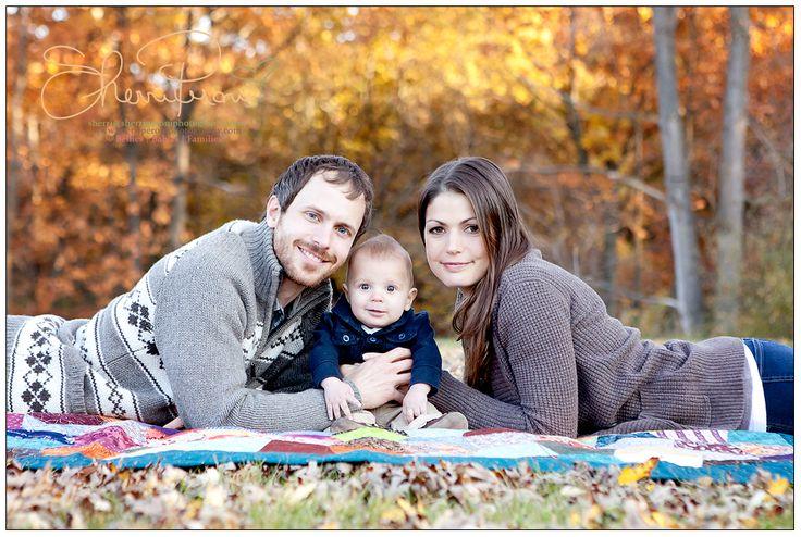 outdoor family fall photos - Google Search