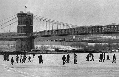 Cincinnati, Ohio River Frozen, 1977 It was so cold in 1977 that the Ohio River froze.