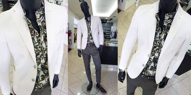 Come scegliere l'outfit adatto a un'occasione speciale come un cocktail party? Per lui sono richiesti giacca o camicia chiara e un paio di pantaloni eleganti. Lo smoking è vietato, mentre uno spezzato potrebbe rivelarsi perfetto.  Ecco una proposta firmata #CARILLOMODABOUTIQUE Giacca bianca #BESPOKE Camicia fantasia tropical collo coreano  Pantalone Briglia Scarpe #CARILLOSHOES Cintura FABRIZIO MANCINI  Shop online ➡️ https://goo.gl/PA1goj