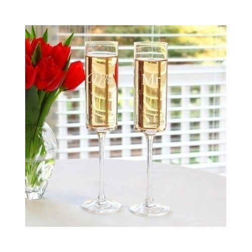 Bride-Groom-Flutes-Wedding-Toasts-Receptions-Glassware-Couples-Champagne-Glasses