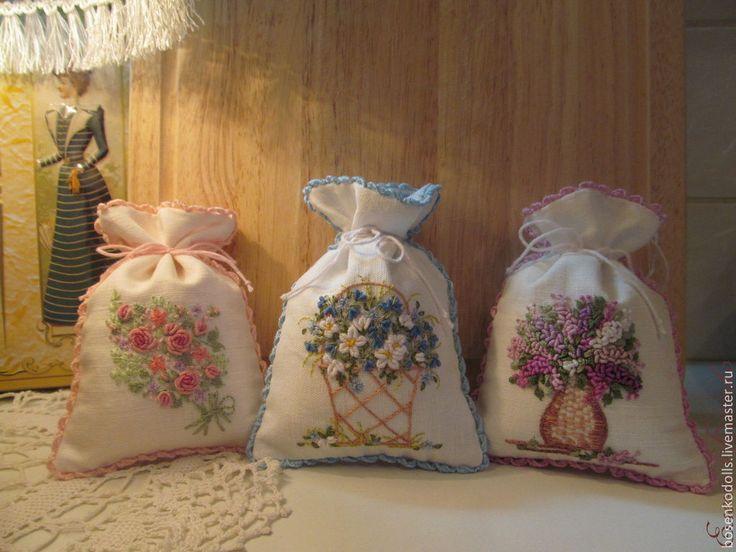 """Купить Мешочки-саше """"Сирень"""", """"Колокольчики"""" и """"Розы"""" - саше, саше с вышивкой, мешочек для подарка"""