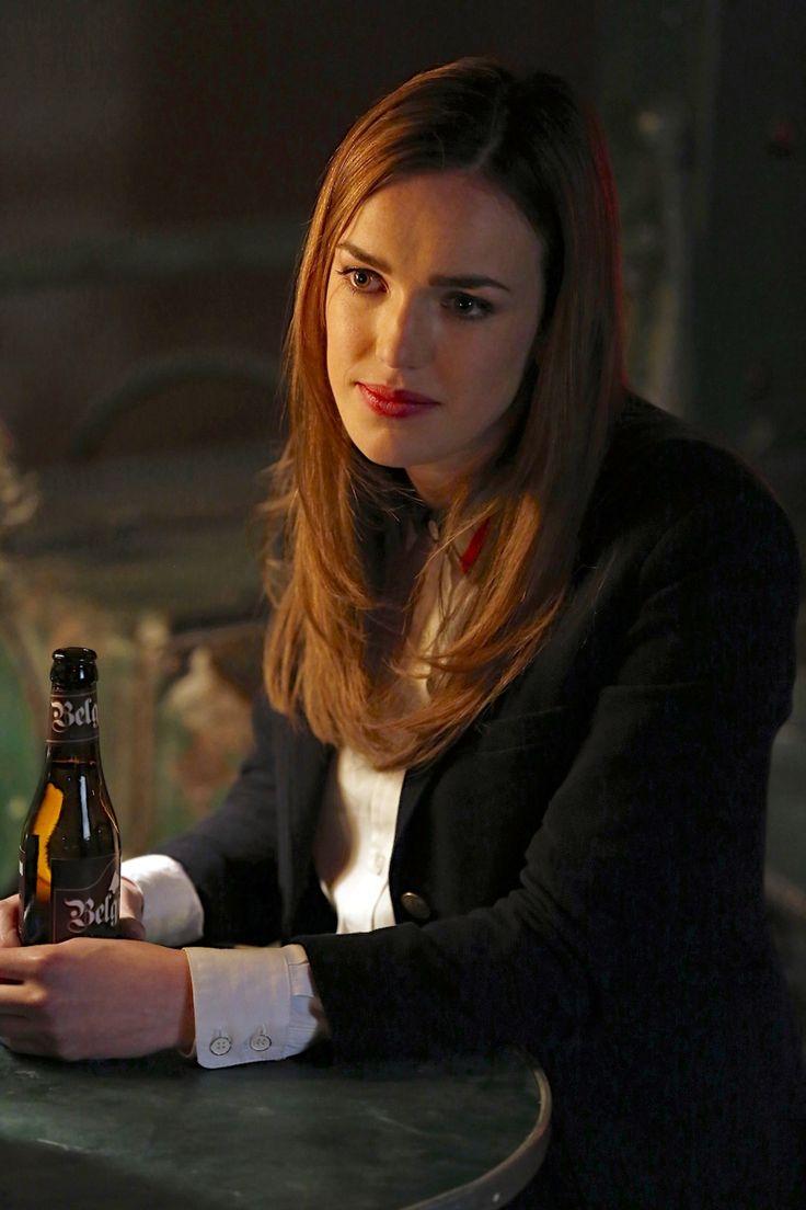 ELIZABETH HENSTRIDGE AS JEMMA SIMMONS | Agents of SHIELD ...