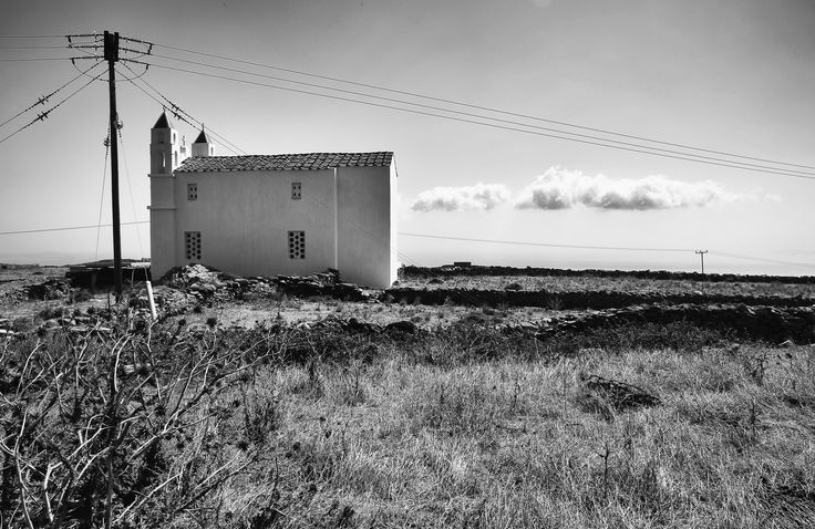 B&W Moments of the September workshop  Photo by Nikos Kokkas Join Greece Photo Workshops  http://www.greecephotoworkshops.com/workshops/  GREECE PHOTO WORKSHOPS Upscale Photography Vacations #photographytrip#photoworkshop#photographytravel#greekislands#tinos