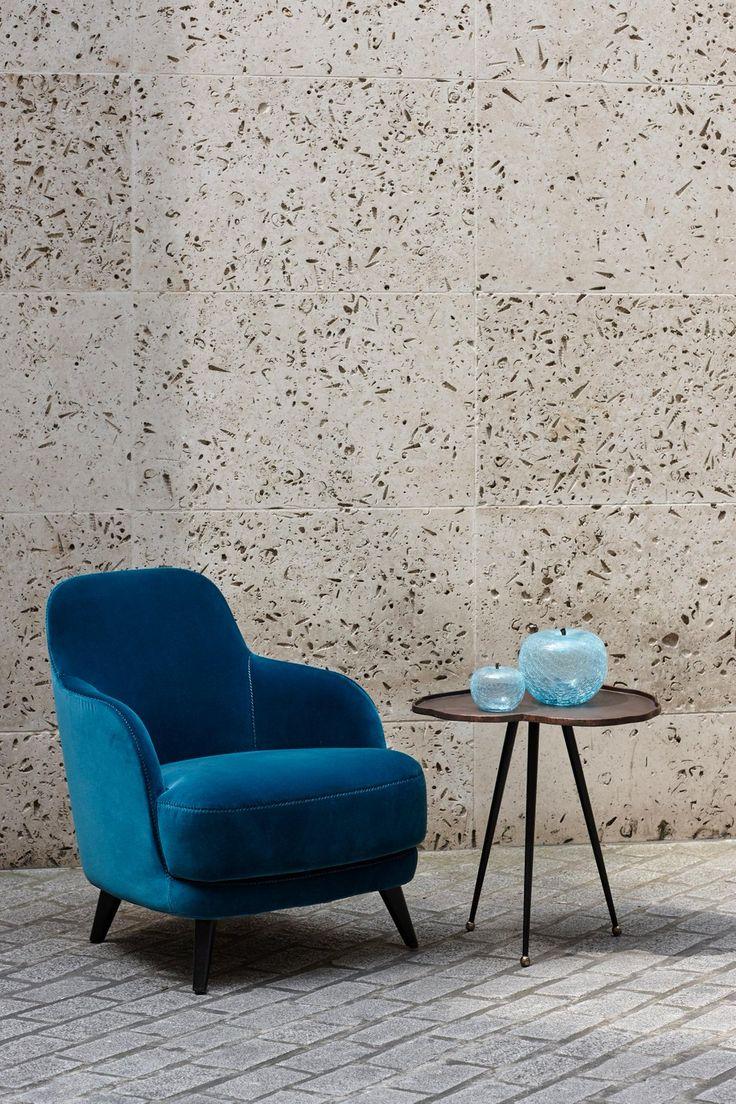 LIZ armchair design Roberto Lazzeroni. http://bit.ly/2h7Mooj