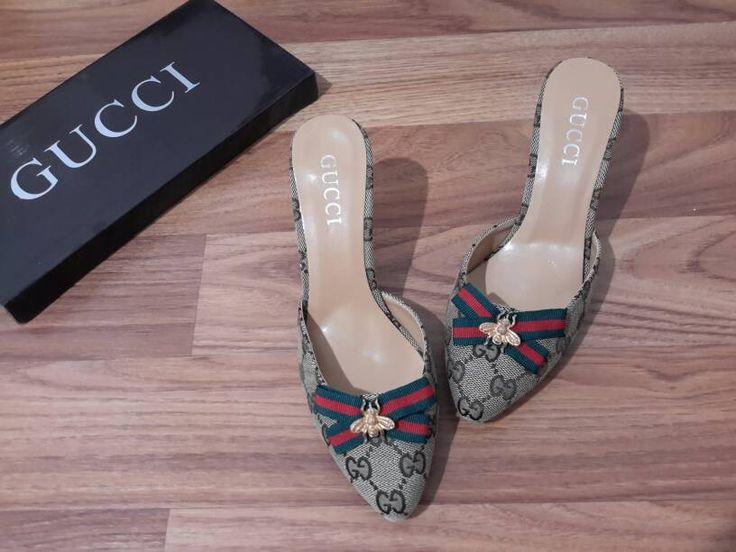 sandal selop gucci import hongkong  type 139-6-582 ukuran 37 (2) 38 (2) 39 (3) 40 (3) harga Sale Rp. 190.000  pemesanan harap cantumkan ukuran, warna dan gambar  peminat serius hub whatsapp 087825743622 line id @jps9410s instagram @artati_shine  #sandal #sandalheels #sandalwanita #sandalimport