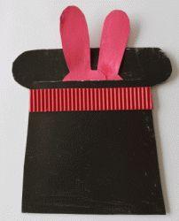 le lapin sort du chapeau du magicien assistante maternelle agreee a saulchery 02310 plus