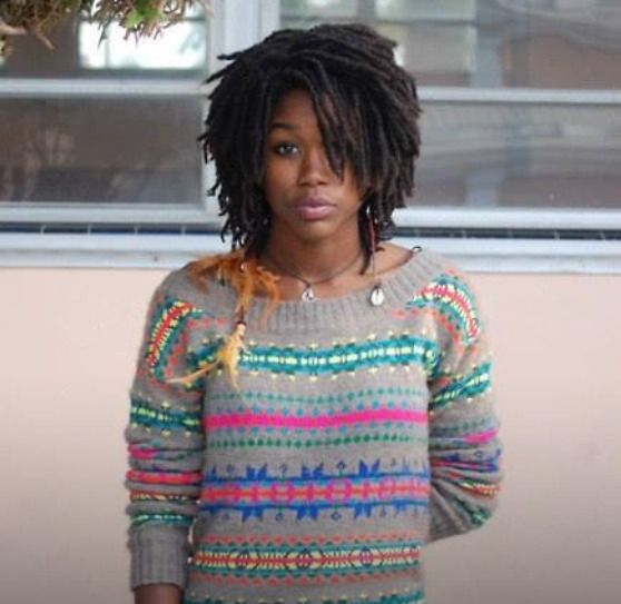 beautiffulcurls:  melanatedconsciousness:  Beautiful melanin  BeauTIFFul Curls