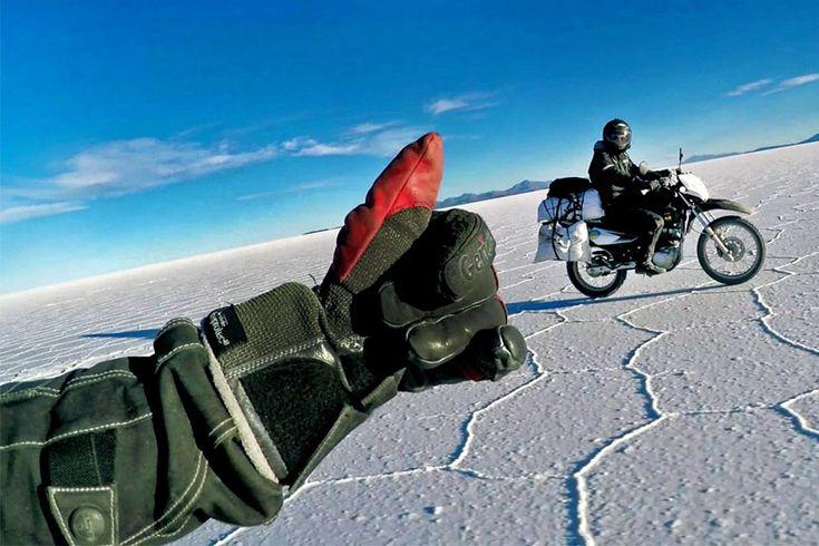 Красивое путешествие двух друзей на мотоциклах https://mensby.com/video/entertainment/7440-beautiful-journey-two-friends-motorcycle  Джоэл и Раф купили себе мотоциклы и отправились в эпическую поездку по Европе и Южной Америке. Что может быть лучше экстремального путешествия друзей на мотоциклах?