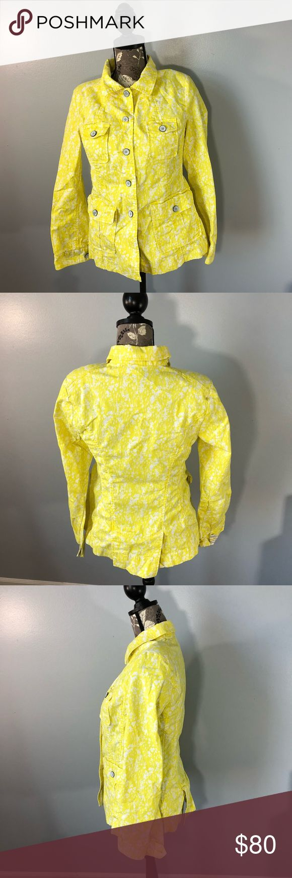 Cabi Yellow Daisies Field Jacket Size Small In nice gently used condition comes from a smoke free home  Cotton, perfect for spring  Measurements  Bust 34 Length 24 Accepting reasonable offers ✨ CAbi Jackets & Coats
