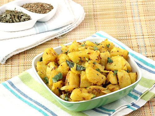 This basic, simple and easy Indian potato curry has a dry texture and can be served as flavor enhancing, delicious accompaniment to various Indian breads. Learn how to make yummy dry potato bhaji with this easy recipe.
