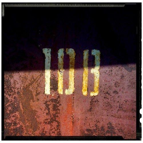 #numbers #abstract #macro #minimal #closeup #detail #sergepichii