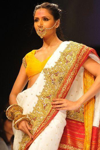 Anand Kabra bridal saree #saree #sari #blouse #indian #hp #outfit  #shaadi #bridal #fashion #style #desi #designer #wedding #gorgeous #beautiful