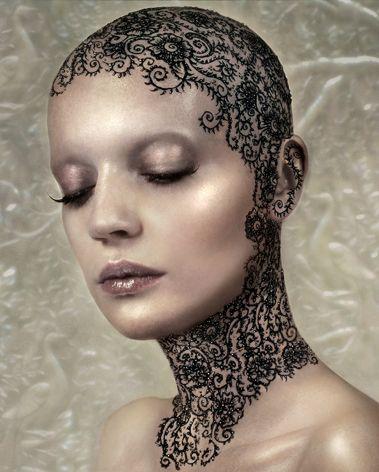 Henna Head. Стиль. Молодежный. Фото. Style. Youth. Photo.  Styl. Mládežnický. Foto.  Bald women.