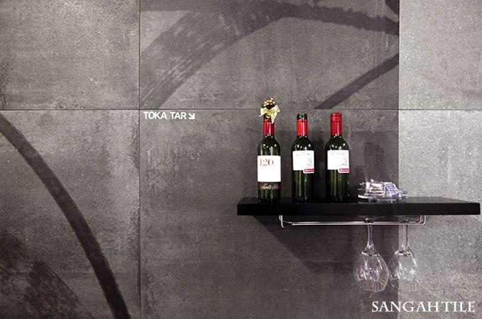 TOKA /by FONDOVALLE  #tile #tiles #Sangahtile #interior #design #new #collection #floor #wall #interiordesign #space #natural #luxury #bar #wine #타일 #인테리어 #상아타일 #바닥타일 #벽타일 #카페인테리어 #빈티지 #거실 #마감재 #수입타일 #와인바#와인