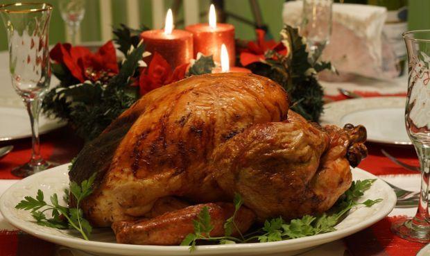 Χωρίς να θέλω να περηφανευθώ, στην οικογένειά μου υπάρχουν πολλοί καλοί μάγειρες και όλοι λατρεύουμε το καλό φαγητό. Όταν έρχονται τα Χριστούγεννα όμως, όλοι θέλουμε την αδερφή μου, τη Λίτσα, να την φτιάξει. Μπελαλίδικη μεν, ένα πραγματικό αριστούργημα δε...