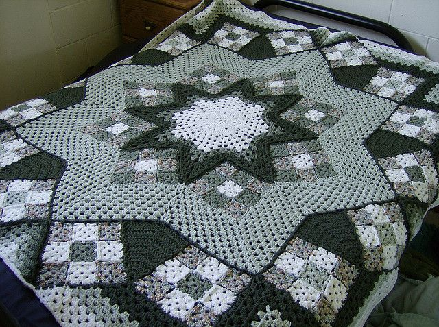 Ravelry: Blue Star pattern by Kathy Blakely ~ WOW!