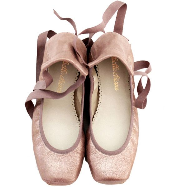 BELLE CHIARA LEATHER PUNTAS BALLET FLATS METALLIC NUDE ($100) ❤ liked on Polyvore featuring shoes, flats, ballet flat shoes, nude ballet pumps, leather ballet shoes, ballet pumps and metallic shoes