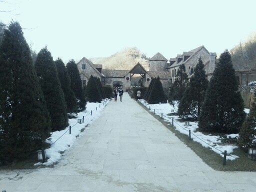 Snowy Jade Garden