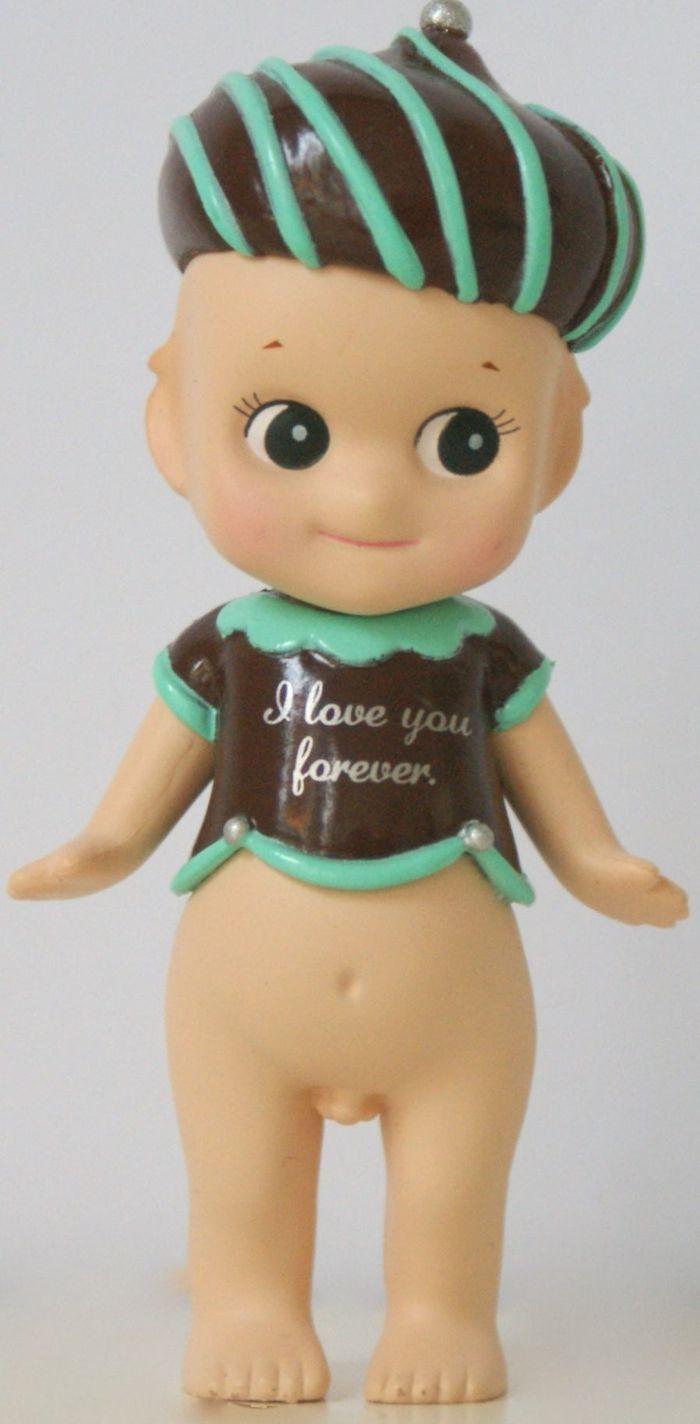Sonny Angel Figurine Chocolat Secret 2015 En stock 14,90 €  Disponible sur www.sonnyangel-world.com