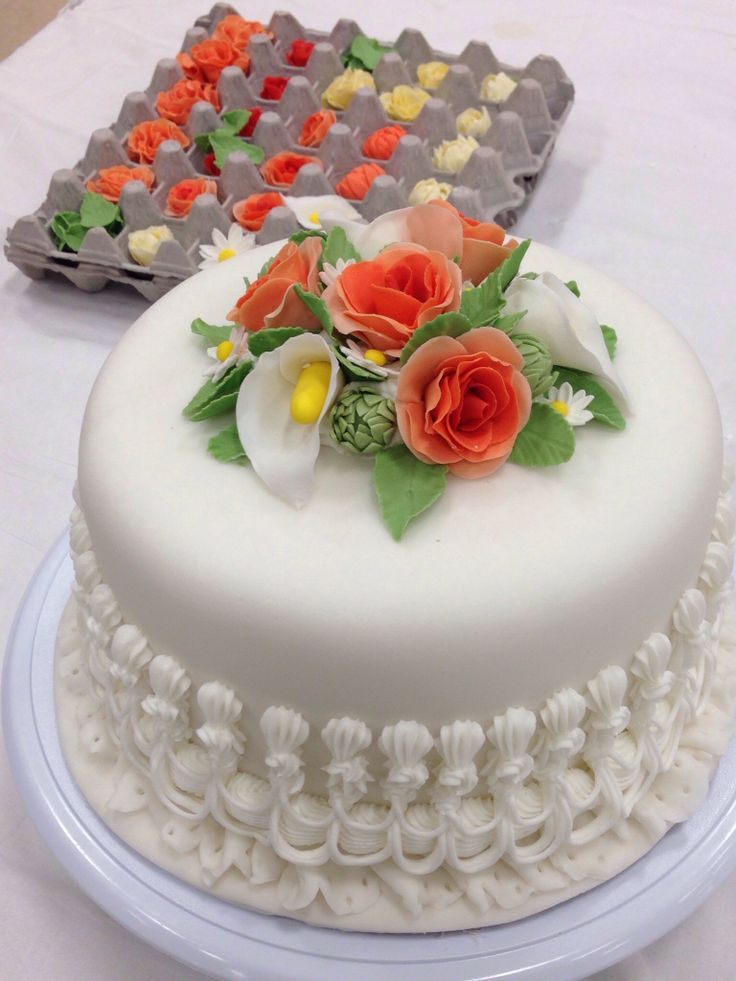 wilton wedding cake decorations wilton method instructor chef eric and decorator l 27515