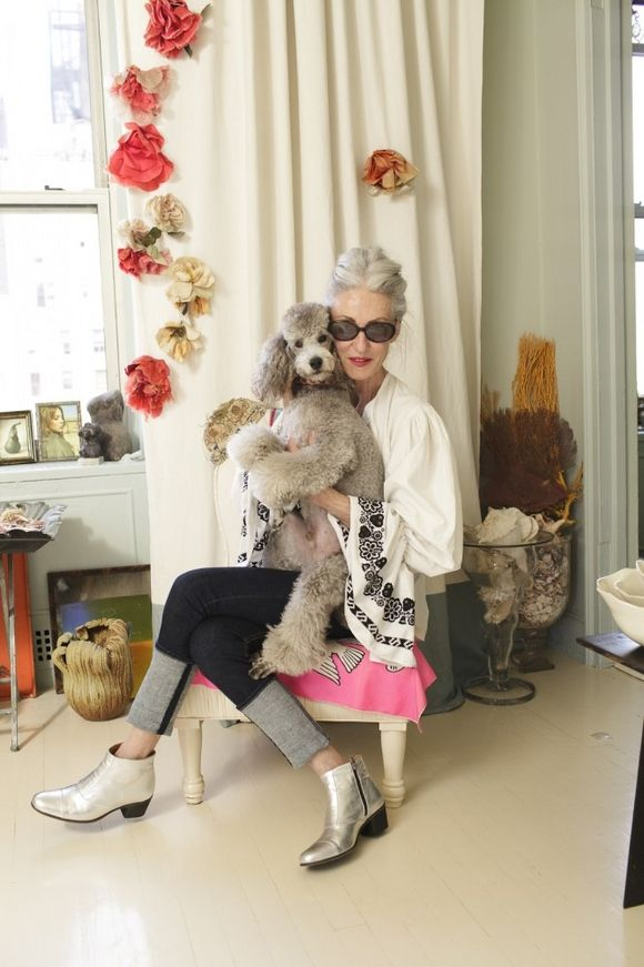 ohyoulikeyourgirlsinsane: unbearably chic Linda Rodin